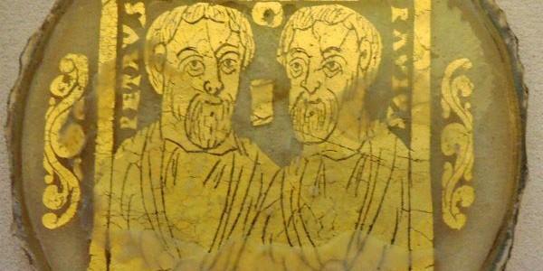 Совместное изображение Петра и Павла символизировало кафоличность Церкви, состоящей из общины обрезанных (иудеев) и эллинов. /Римские катакомбы III-IVв./